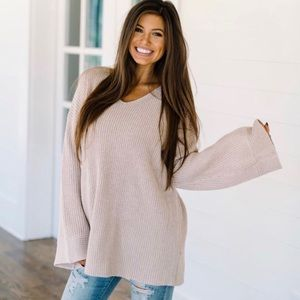 Listicle Oversized V Bell Sleeve Tunic Sweater L